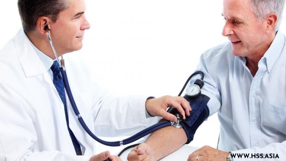 Cách chăm sóc sức khỏe người già và những lưu ý nên lưu tâm