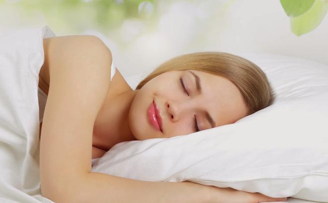 5 loại thực phẩm giúp bạn ngủ ngon hơn
