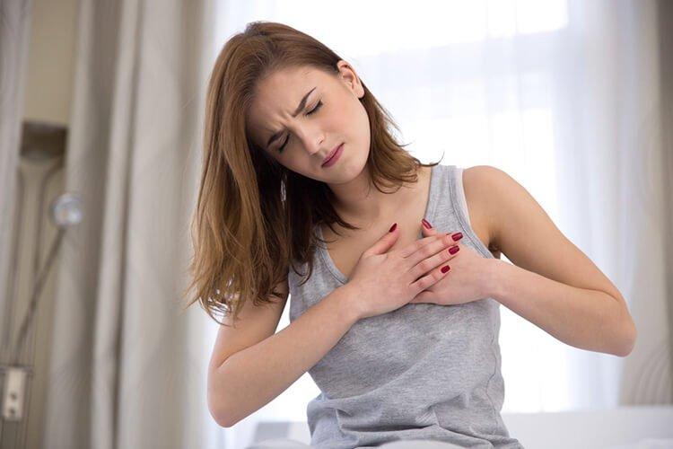 Thức khuya làm tăng nguy cơ mắc bệnh tim mạch