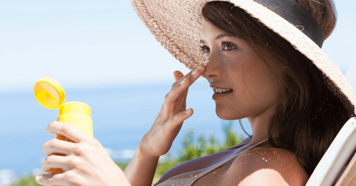 Cách sử dụng kem chống nắng hiệu quả cho những ngày mưa