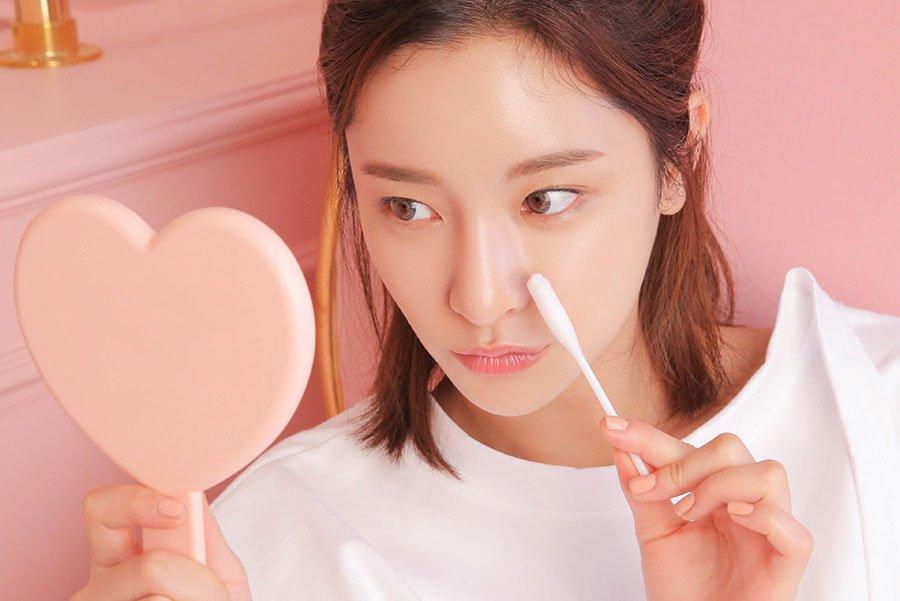 Da mụn có nên dùng kem dưỡng ẩm hay không? | Đẹp365